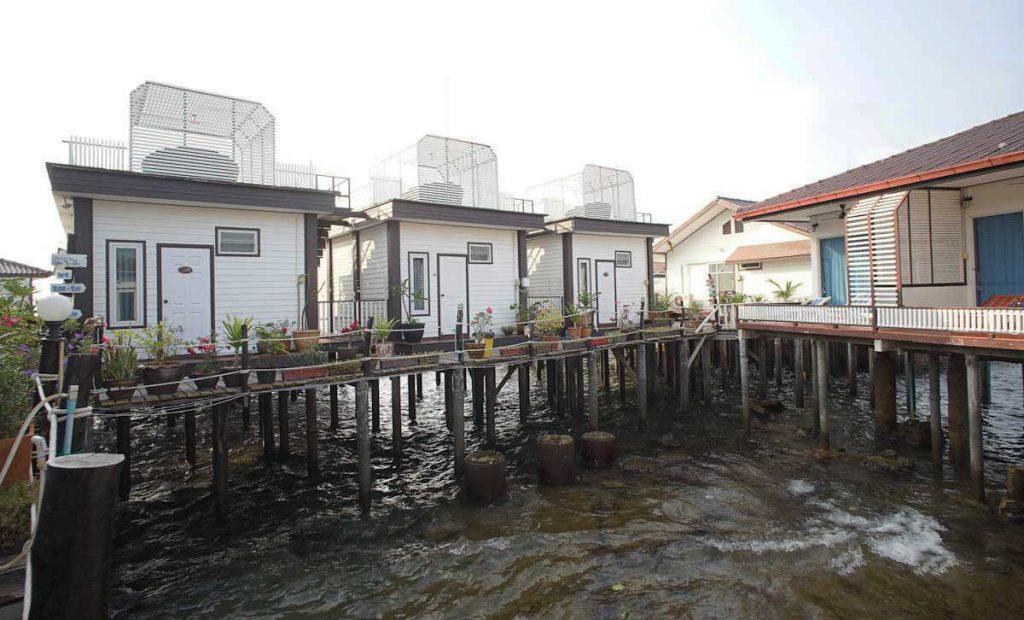 บ้านริมน้ำ-เกาะล้าน